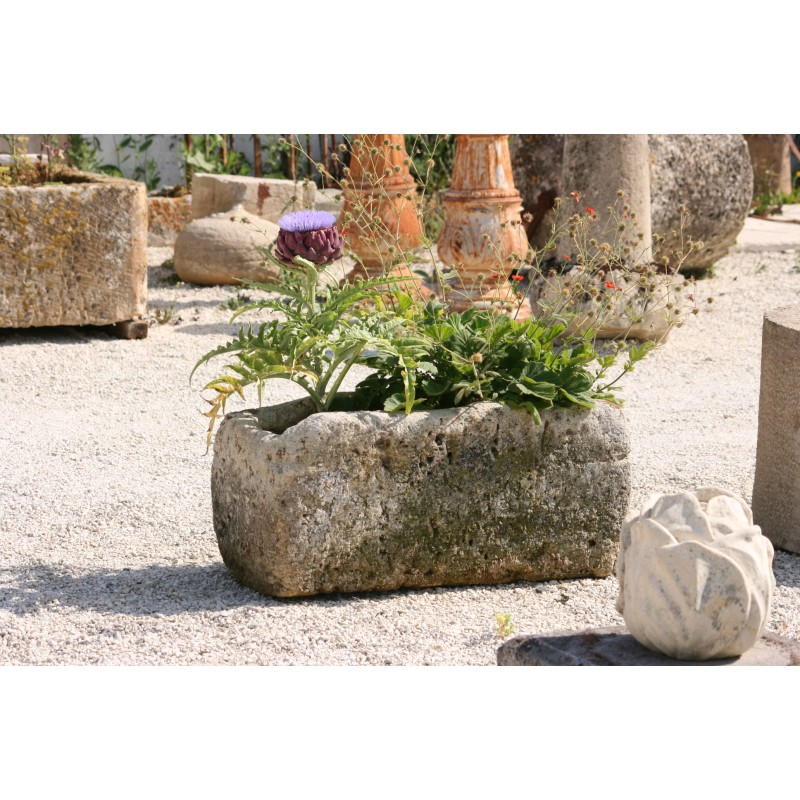Bac en pierre labrouche antiquaire de mat riaux for Bac pierre jardin