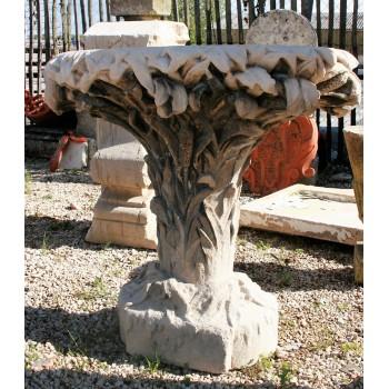 Pied de table en pierre