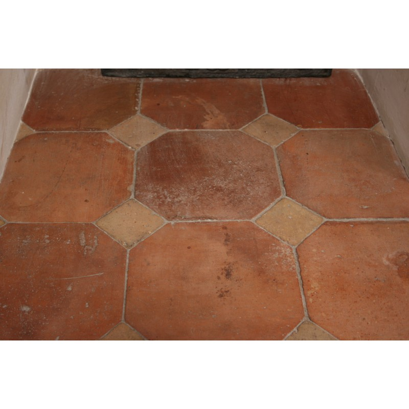 Carrelage octogonal ancien 31 x 31 cabochons for Carrelage style campagnard